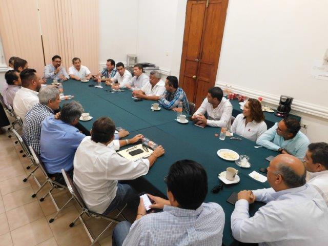 Constructoras yucatecas trabajarán para el gobierno estatal
